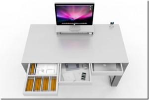 an_arranged_desk_thumb